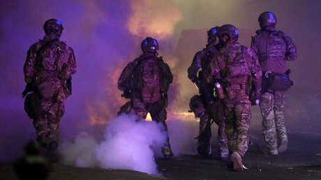 """La ONU denuncia arrestos arbitrarios y uso """"discriminatorio"""" de la fuerza contra manifestantes y periodistas en EE.UU."""