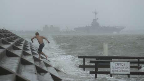 Primeras imágenes de los efectos del huracán Hanna tras tocar tierra en EE.UU.
