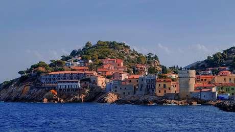 Una isla italiana con las condiciones perfectas para la propagación del covid-19 no registra casos locales (y nadie sabe por qué)