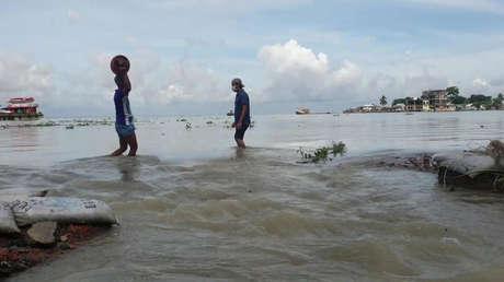 VIDEO: Una cuarta parte de Bangladés se hunde bajo el agua debido a lluvias torrenciales