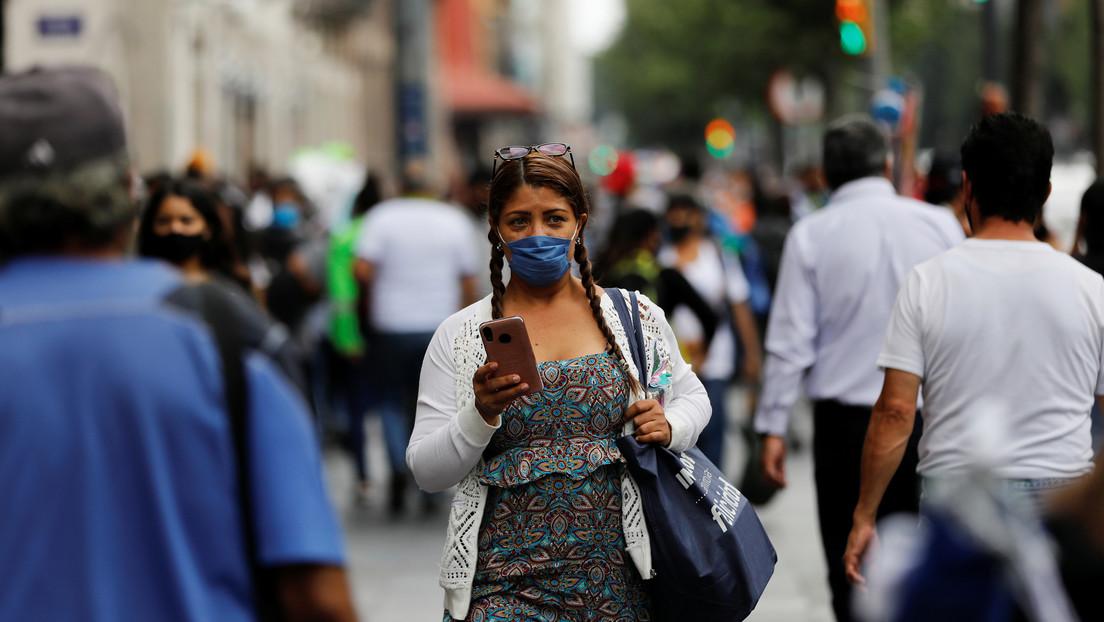 México registra un récord de contagios diarios con coronavirus, aumentando el total a 434.193