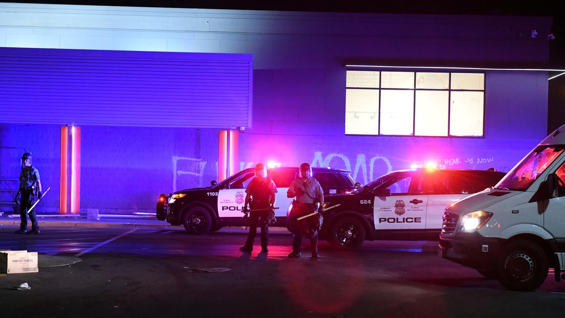 """""""Haga lo que le digan"""": La Policía de Mineápolis advierte a las personas que obedezcan a los criminales en medio de la ola de crímenes violentos"""