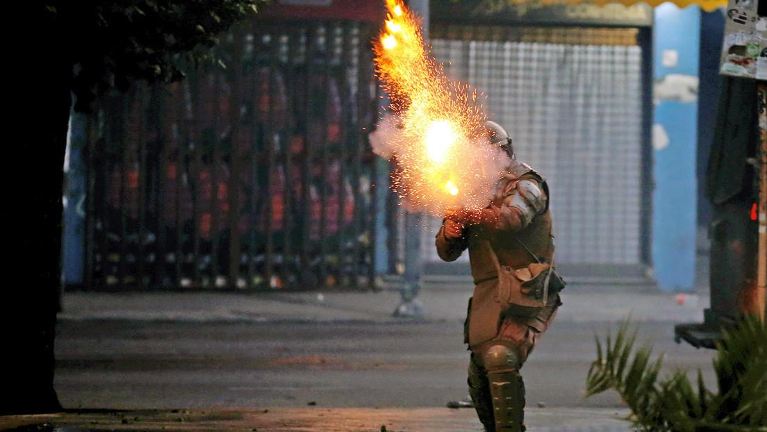 Condenan a cinco años de libertad vigilada al carabinero que lanzó una lacrimógena contra la cabeza de un manifestante