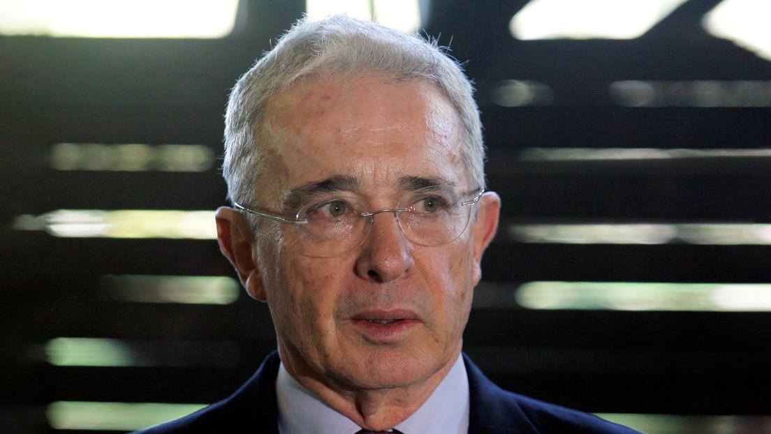 La Corte Suprema de Colombia ordena detención domiciliaria contra el expresidente Álvaro Uribe