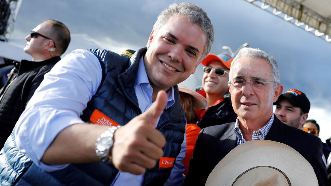 Colombia dicta casa por cárcel al exabogado de Álvaro Uribe