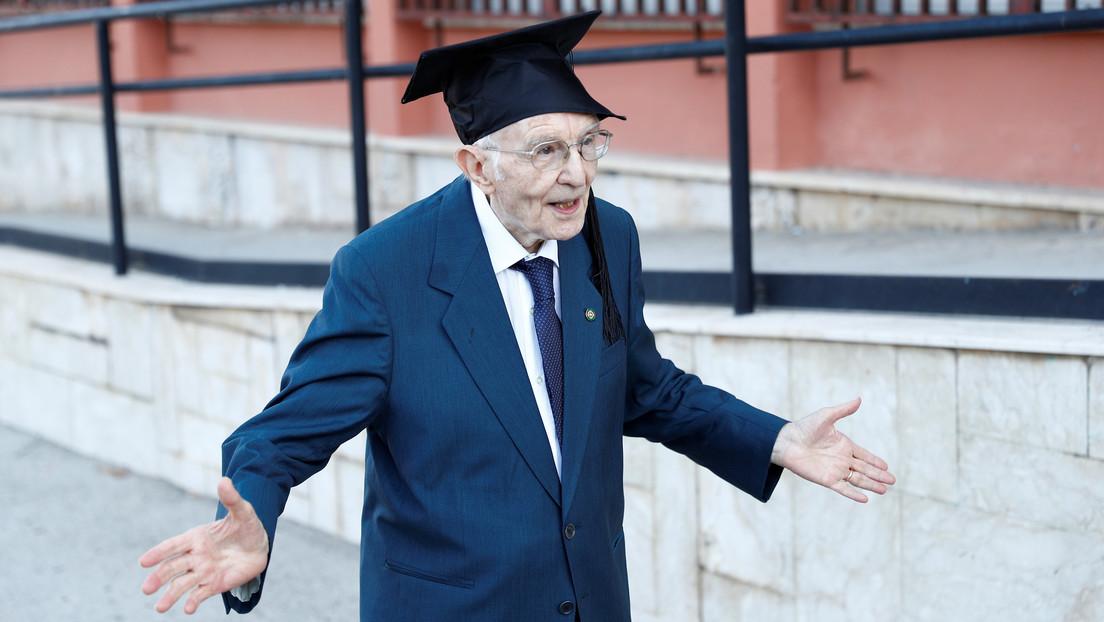 Un italiano cumple a los 96 años su sueño de graduarse en la universidad
