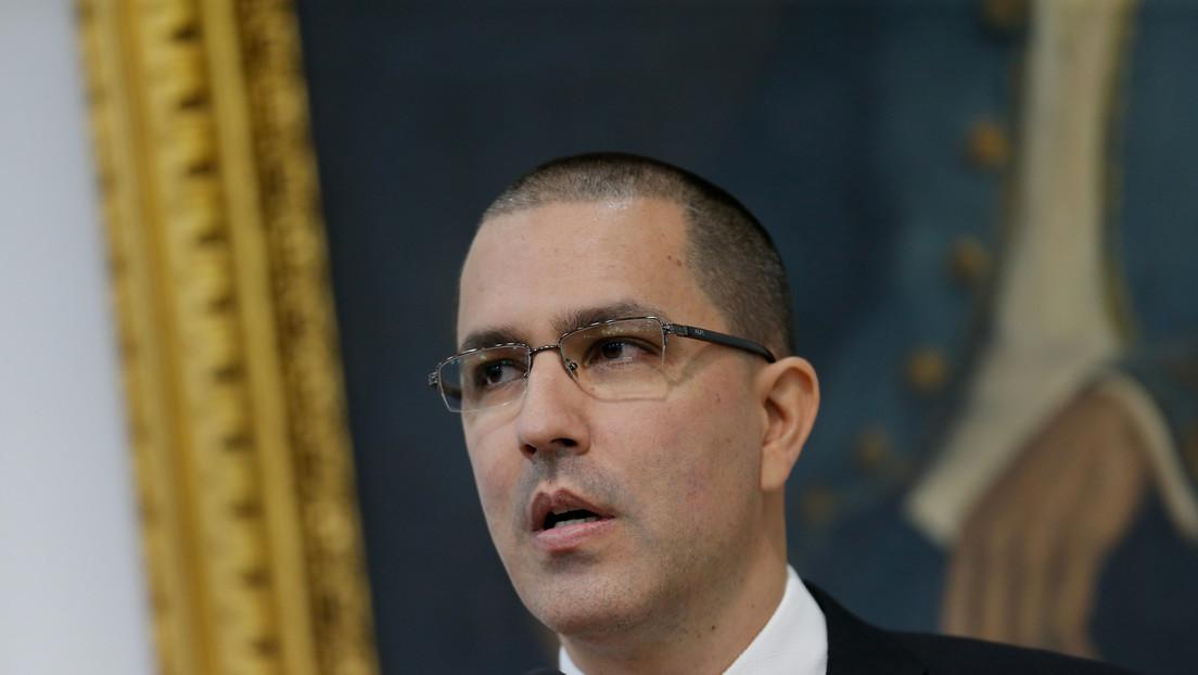 """Canciller de Venezuela tacha de """"cínico"""" e """"inmoral"""" que EE.UU. nombre a Elliott Abrams como enviado especial para Irán"""