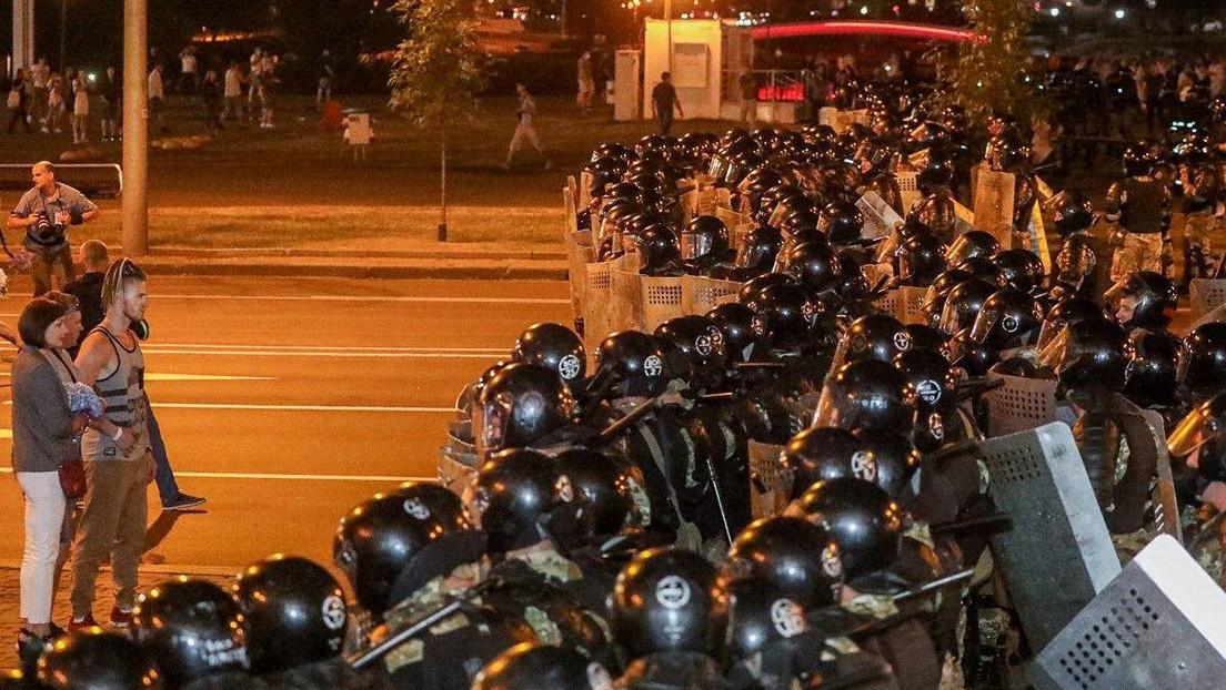 Bielorrusia vive protestas y choques con la Policía ante la previsible victoria de Lukashenko en las presidenciales