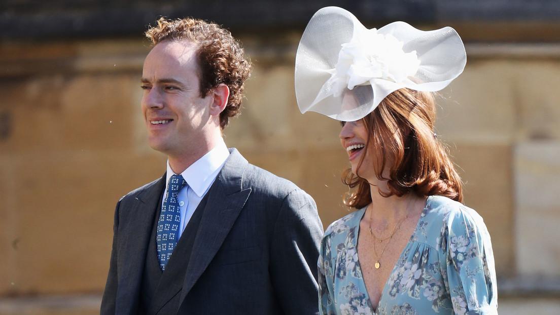 El príncipe Enrique 'castigó' a su mejor amigo por aconsejarle sobre Meghan Markle, revela un libro sobre los  duques de Sussex