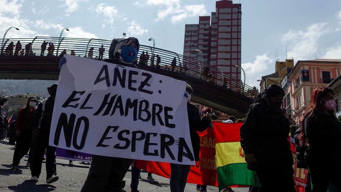 """El ministro de Gobierno 'de facto' de Bolivia dice que sería """"políticamente correcto meter bala"""" a los manifestantes que reclaman la renuncia de Áñez"""