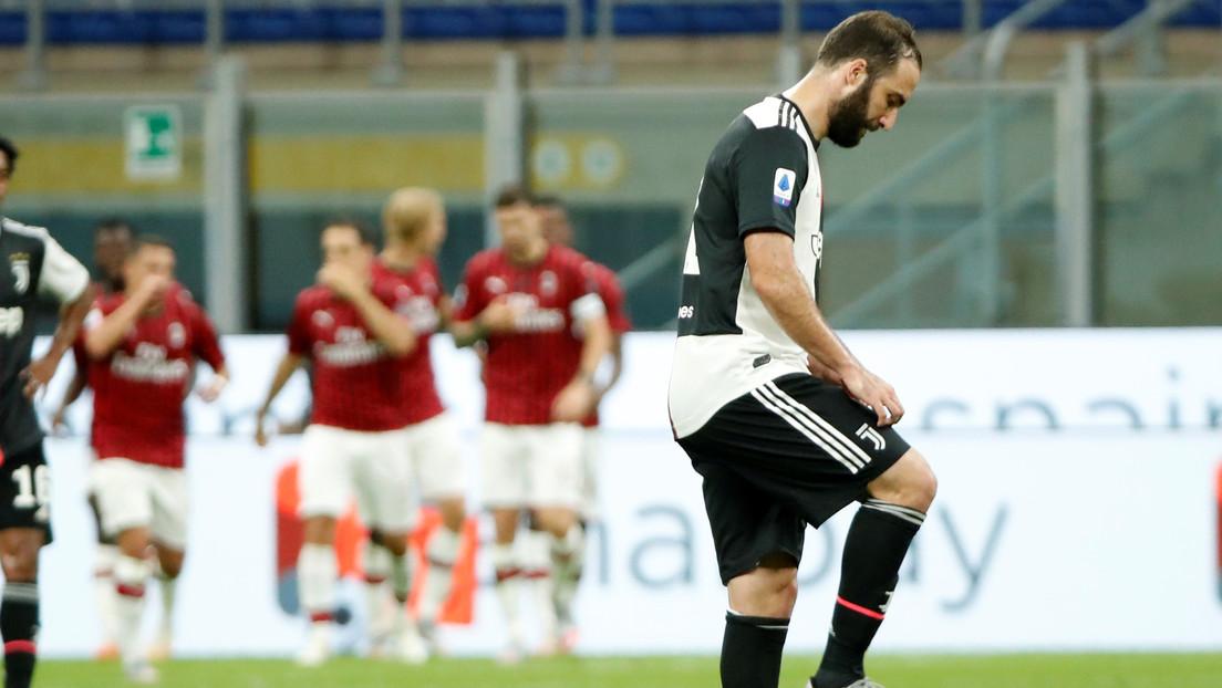 Gonzalo Higuaín estaría en la 'lista negra' del técnico Andrea Pirlo en el arranque de su ciclo en la Juventus