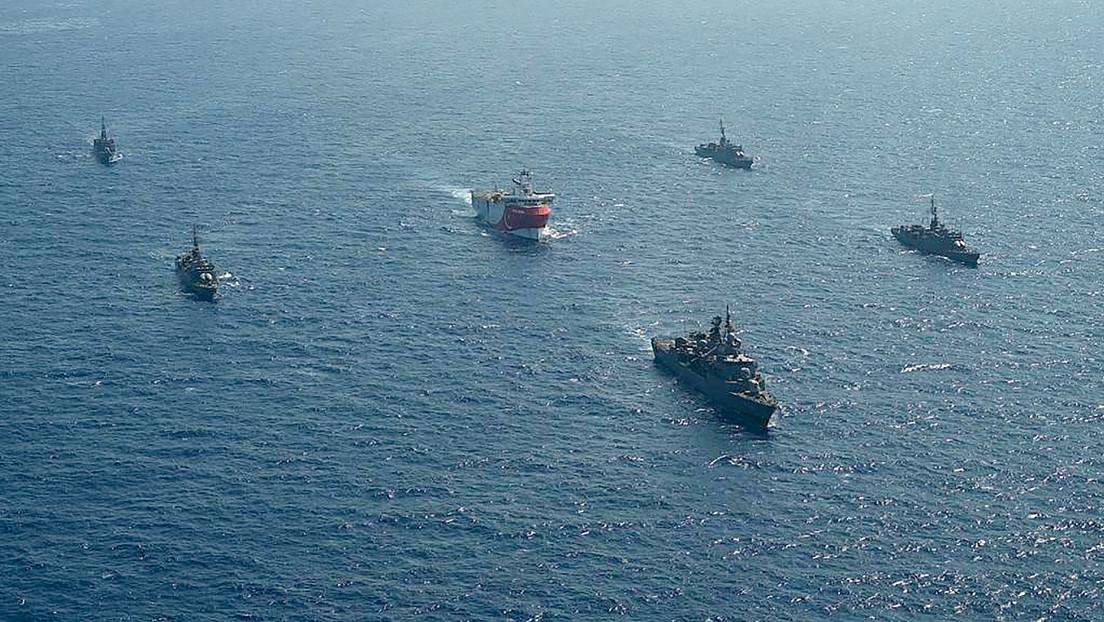 """Erdogan afirma que Turquía """"no busca aventuras ni tensiones"""" en el Mediterráneo en medio de la disputa con Grecia sobre la exploración petrolera"""
