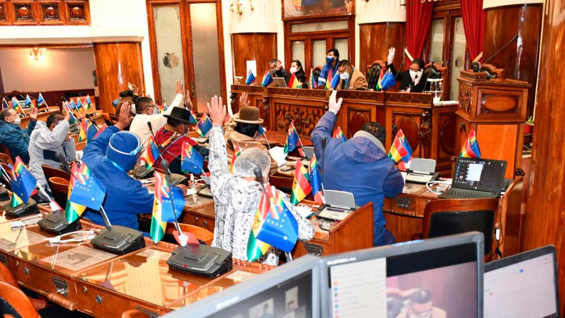 Cámara de Diputados boliviana aprueba ley que establece como plazo máximo de las elecciones el 18 de octubre