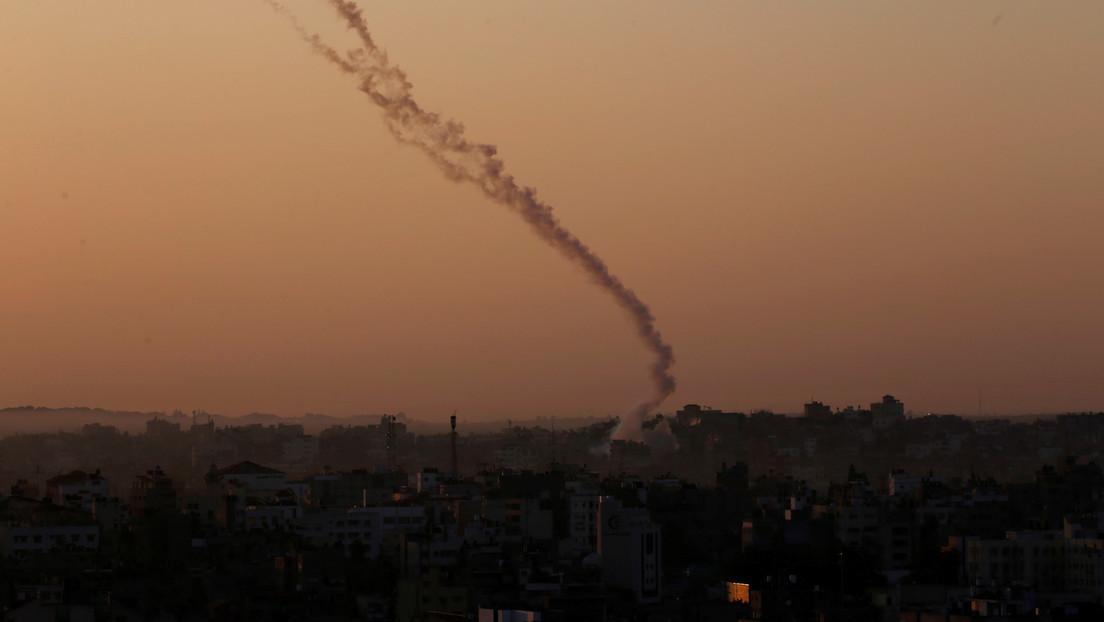 """Israel ataca varios objetivos de Hamás en respuesta al lanzamiento de una """"serie de globos explosivos"""" desde la Franja de Gaza"""