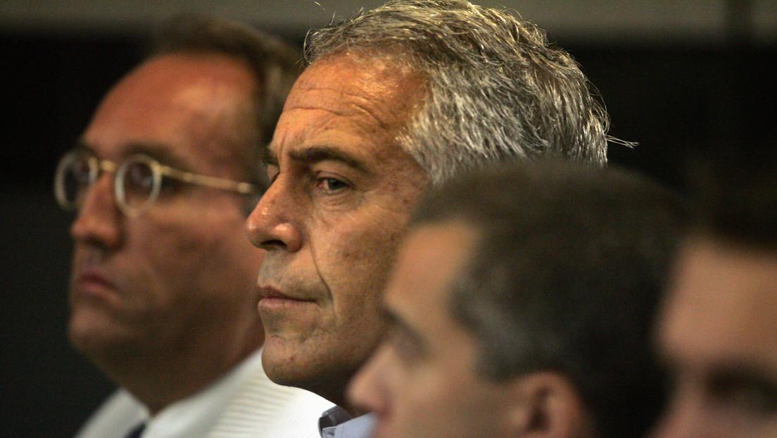 Una nueva demanda acusa a Jeffrey Epstein de abusar sexualmente de una niña de 11 años