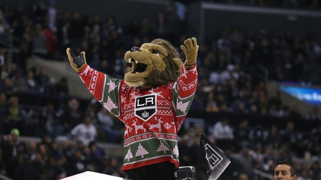 Un equipo de la NHL suspende a su mascota tras una demanda por acoso sexual