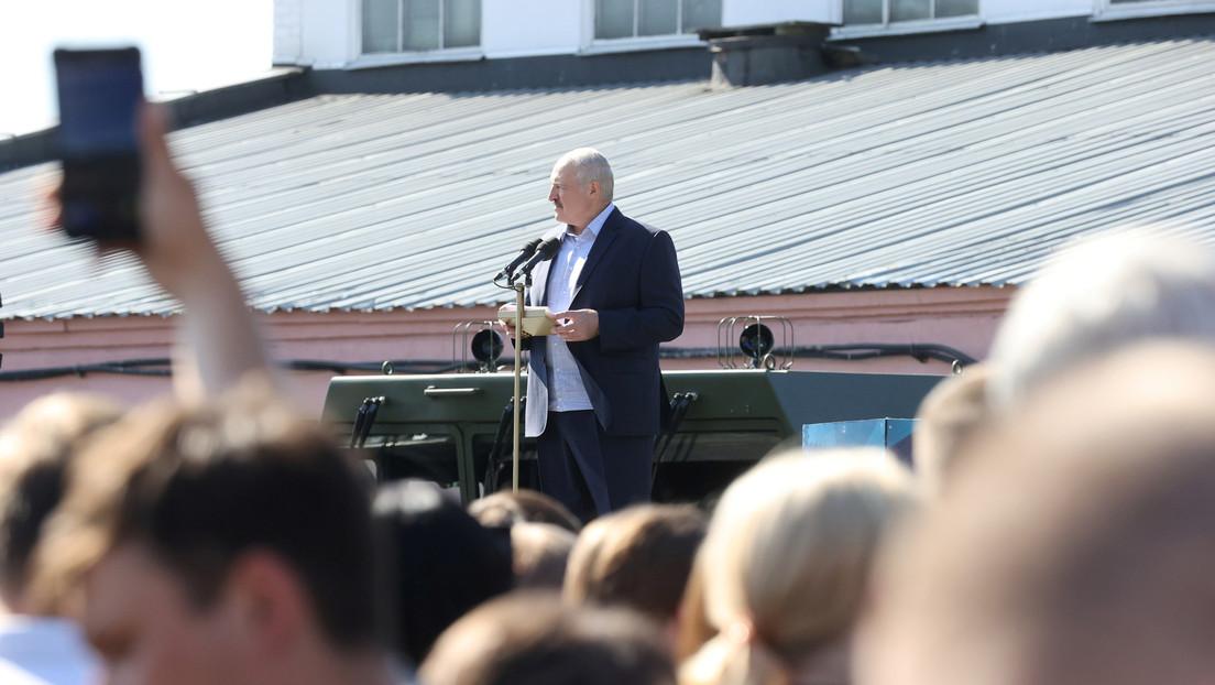 """""""No habrá nuevas elecciones a menos que me maten"""": el presidente de Bielorrusia se enfrenta a huelguistas"""