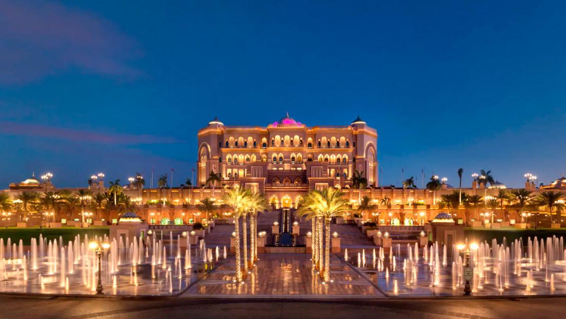 Así es el lujoso hotel de Abu Dhabi en el que se hospedaría Juan Carlos I tras abandonar España