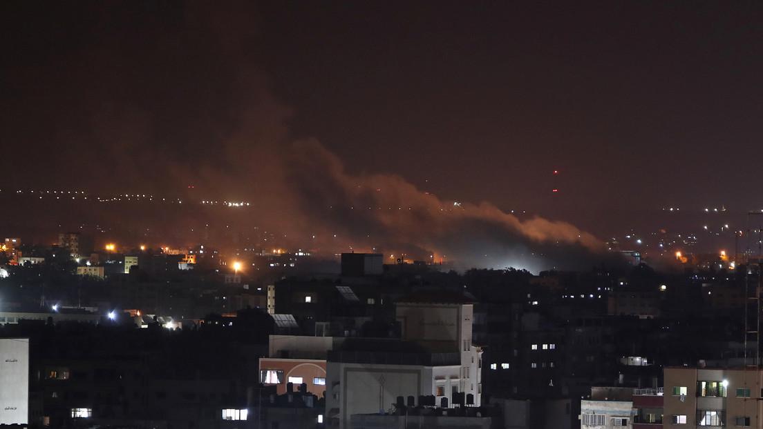 FOTOS, VIDEOS: Israel ataca blancos de Hamás en Gaza por el lanzamiento de cohetes y globos explosivos