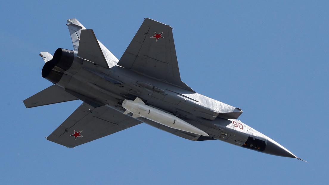 VIDEO: Un caza ruso MiG-31 realiza un vuelo en la estratosfera
