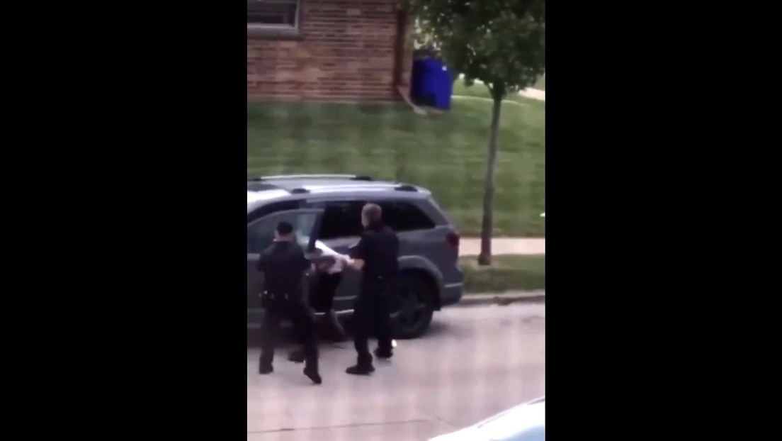 Un policía baleó a un afroamericano — Protestas en Wisconsin