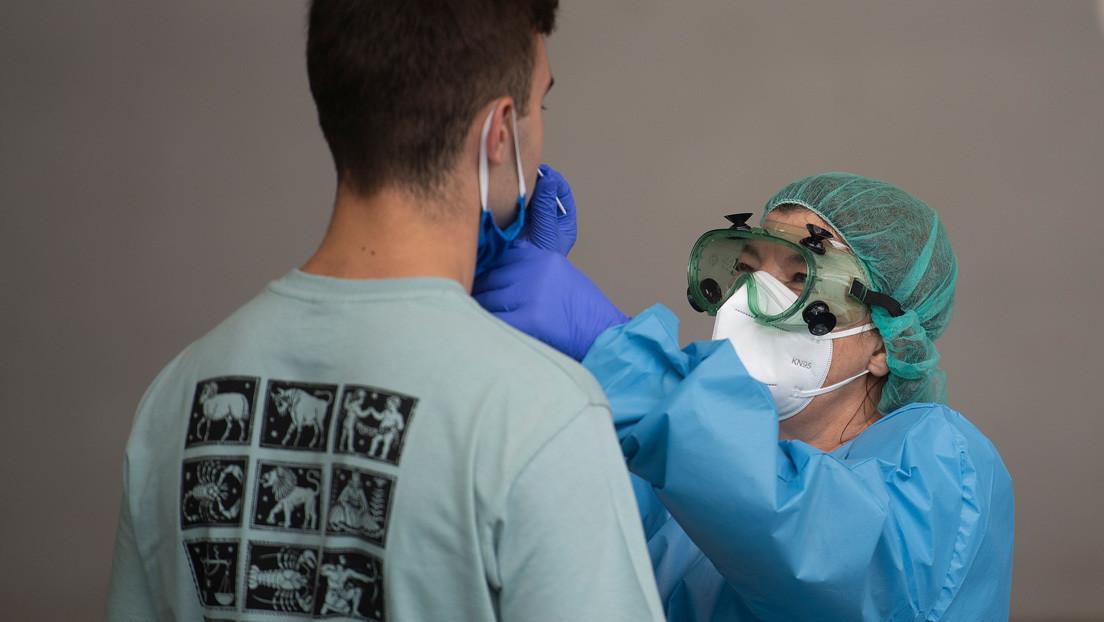 España supera los 400.000 contagios de coronavirus tras sumar casi 20.000 nuevos positivos desde el viernes
