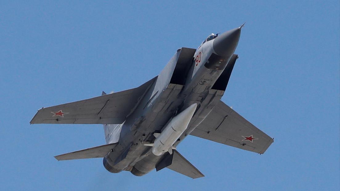 Avión MiG-31