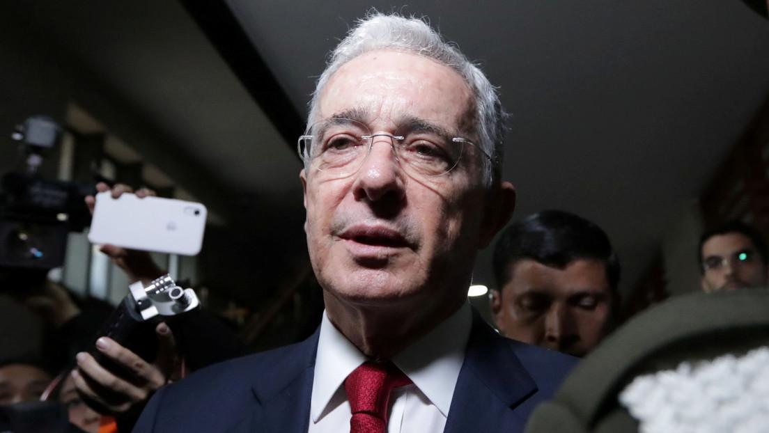 """Expresidente colombiano Álvaro Uribe dice que esta preso por """"inferencias"""" y """"sesgos"""" de la Corte Suprema"""