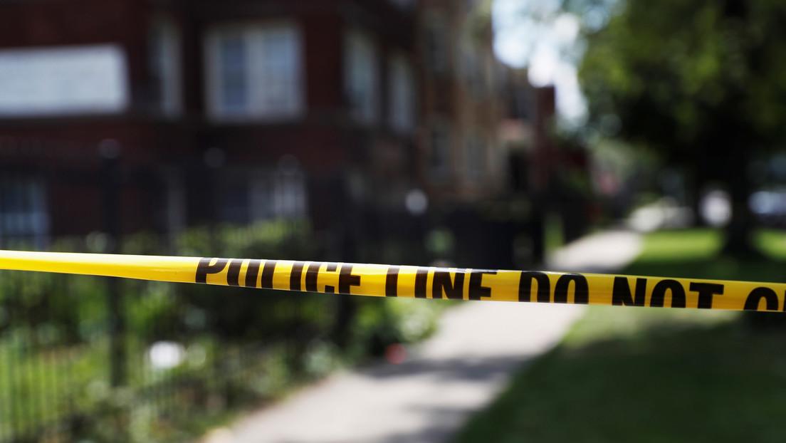 Al menos un muerto y 5 heridos tras un tiroteo fuera de un restaurante en Chicago