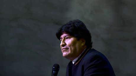 De facto verurteilt die bolivianische Regierung Evo Morales wegen einer angeblichen Beziehung zu einem Minderjährigen