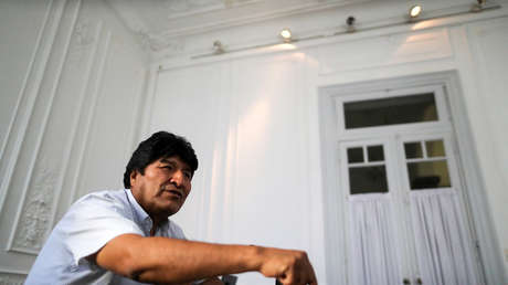 """""""Mein Leben wurde zum Albtraum"""": Ein 19-jähriges Mädchen verurteilt, dass sie gezwungen war zu sagen, dass sie eine Beziehung zu Evo Morales hatte"""