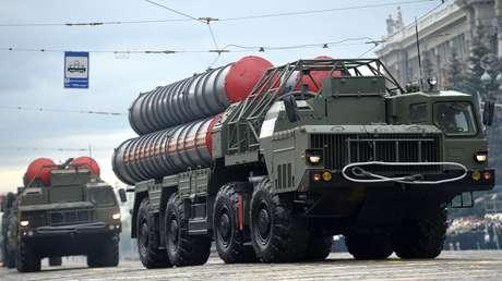 Rusia suministrará a la India un primer complejo del sistema antimisiles S-400 en 2021