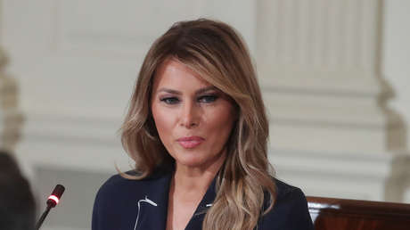 El libro de una exconfidente de Melania Trump revela lo que dijo la primera dama sobre los hijos de inmigrantes retenidos en la frontera de México