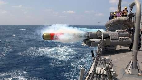 Un destructor de EE.UU. cruza el estrecho de Taiwán rumbo al mar de la China Meridional