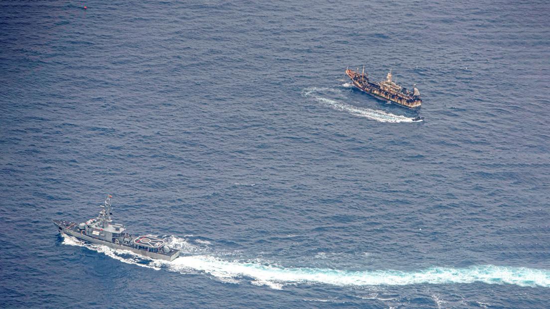 La polémica por la presencia de una flota de 340 barcos extranjeros cerca de las Galápagos y el debate sobre qué hacer para proteger el archipiélago