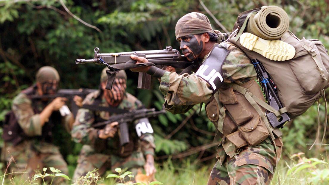"""""""El paramilitarismo retorna como manifestación política, criminal y militar"""": Lo que hay detrás de las recientes masacres en Colombia"""