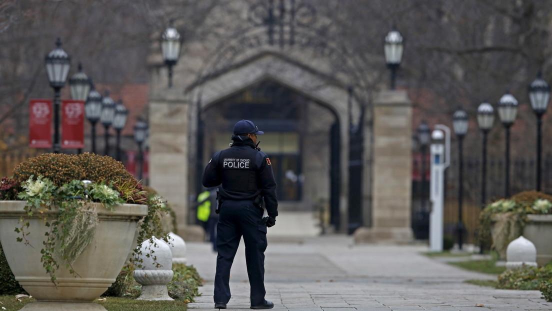 Decenas de pandillas pactan para disparar a los policías de Chicago que saquen su arma en público