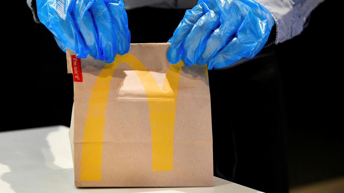 McDonald's podría tener que pagar millones de dólares por no permitir a su personal hacer recesos para ir al baño