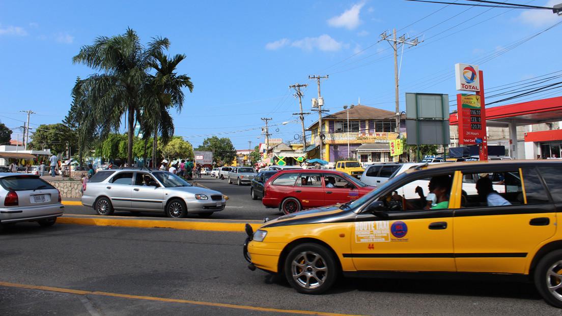 Jamaica celebra elecciones bajo estrictas medidas sanitarias por la pandemia de coronavirus