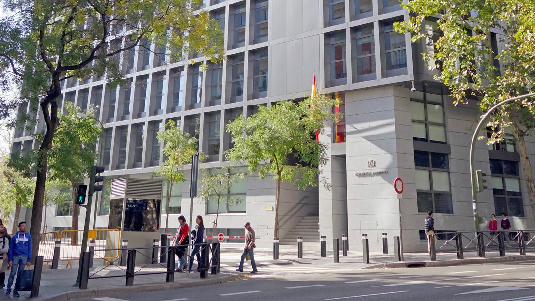 Espías pagados con dinero público para interceptar documentos sensibles: la sombra del 'caso Kitchen' se cierne sobre el Partido Popular en España