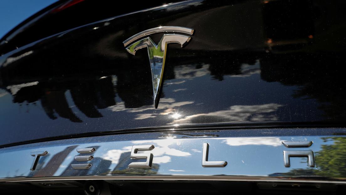 Las acciones de Tesla caen más del 21%, lo peor de la historia