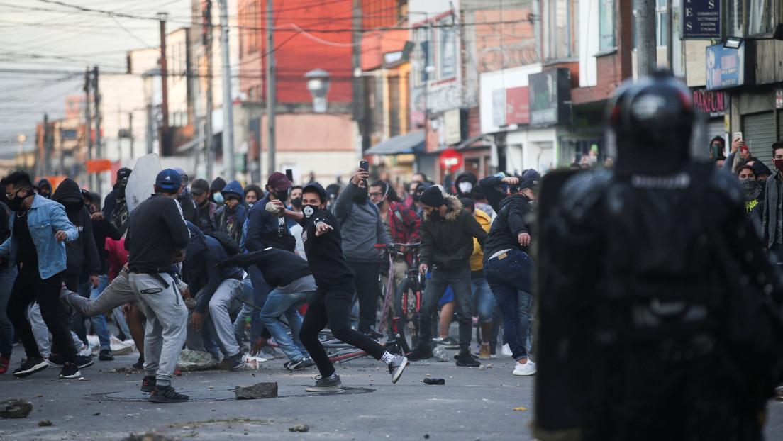 """De las condenas al """"vandalismo"""" al llanto de la alcaldesa de Bogotá: el saldo mortal de las protestas contra la violencia policial en Colombia"""