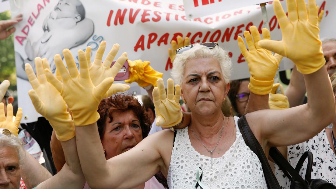 """""""Es una vergüenza que las madres sigamos peleando por encontrar a nuestros hijos"""": El drama de los bebés robados en España"""
