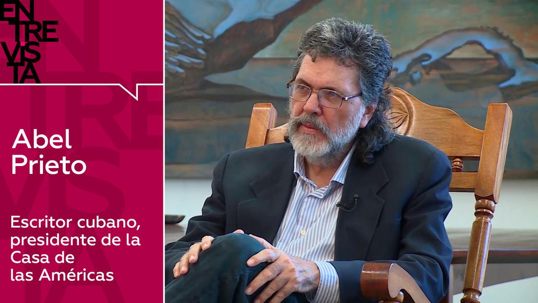 """Abel Prieto, escritor cubano: """"Una de las cosas que benefician a Latinoamérica es que no han podido derrotarla culturalmente"""""""