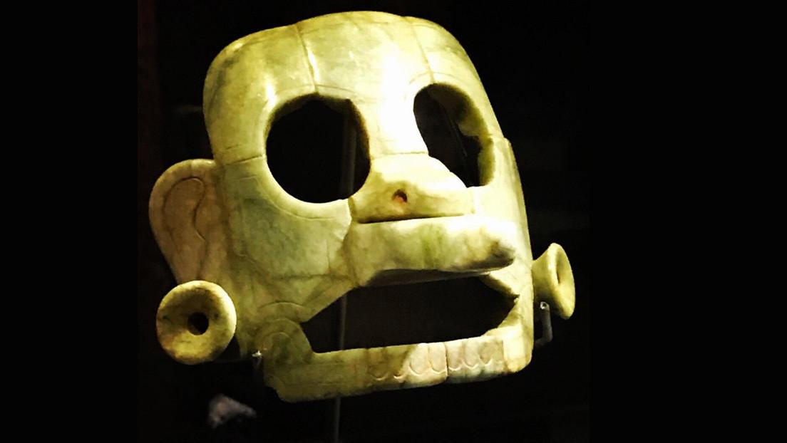 FOTO: Guatemala recupera una antigua máscara de jade que fue robada y trasladada a Bélgica