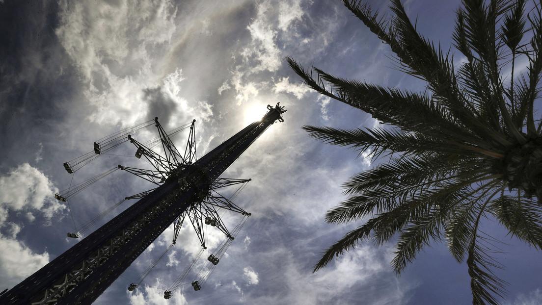 Empleado de un parque temático de Florida muere tras caer del columpio más alto del mundo