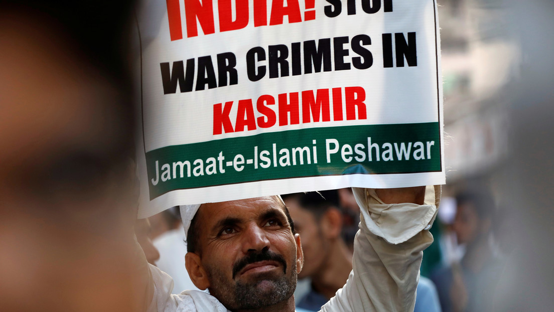 """Representante de la India abandona una reunión internacional en protesta por un """"mapa ficticio"""" expuesto por Pakistán"""
