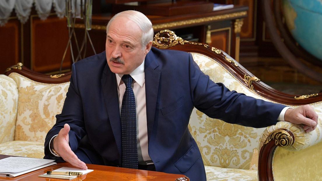 """Lukashenko acusa a cuatro países de ser """"satélites"""" de EE.UU. que le ayudan a desestabilizar Bielorrusia"""