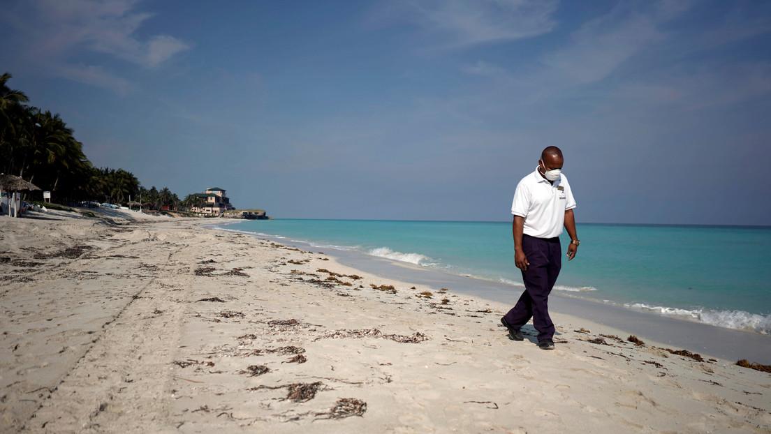 Los dueños de la única funeraria de una isla turística del Caribe contraen covid-19 y no hay quien entierre a los muertos
