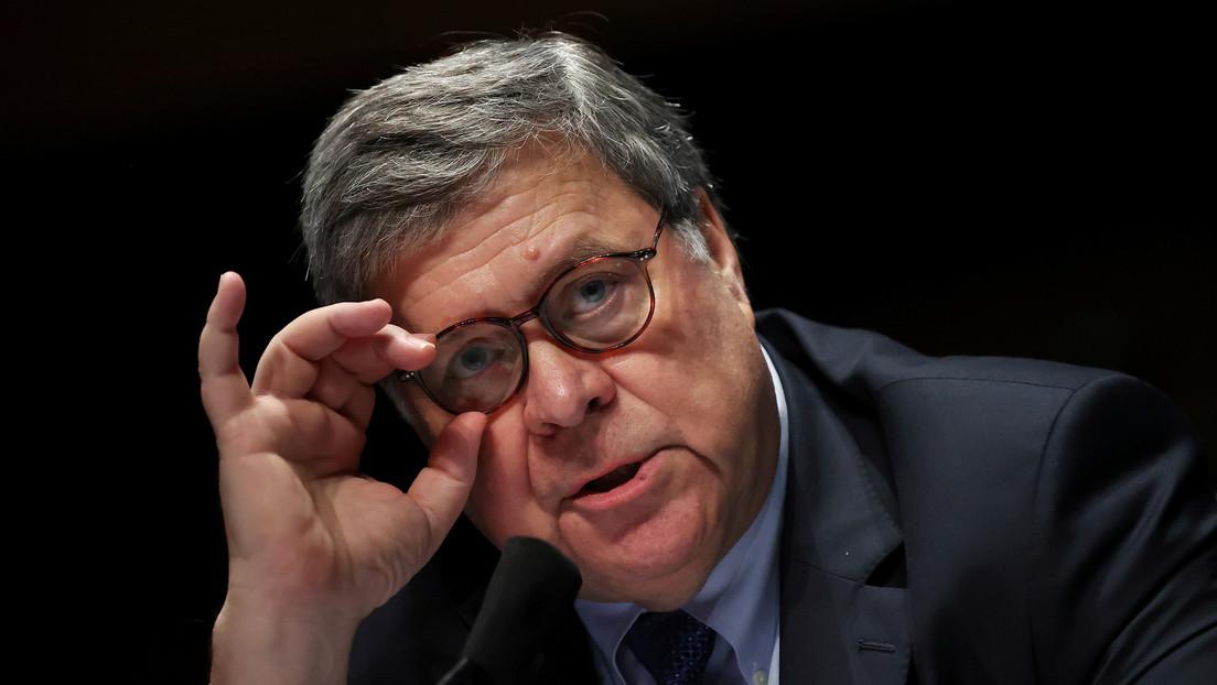 El fiscal general de EE.UU. compara el confinamiento con la esclavitud y las redes lo critican